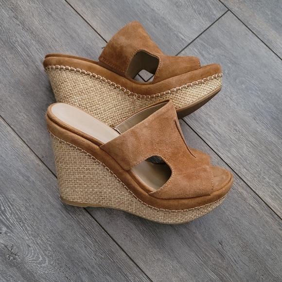 Stuart Weitzman wedge cognac wedge sandals